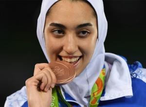इरानी खेलाडीले देश छाड्ने