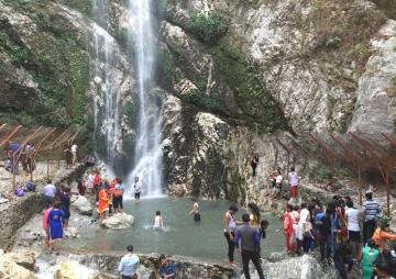 गर्मी छल्न पहाडी पर्यटन