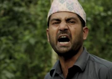 फिल्म दृष्टि: हास्यास्पद 'खाग'