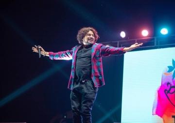 सप्तरंग म्युजिकल जर्नीमा हिडिरहेका गायक प्रमाेद भन्छन् : 'राष्ट्रिय कलाकार हुन बाँकी रहेछ'